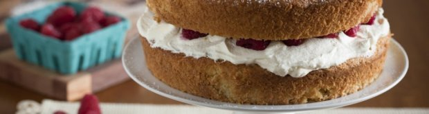 A VICTORIA SPONGE FIT FOR A QUEEN