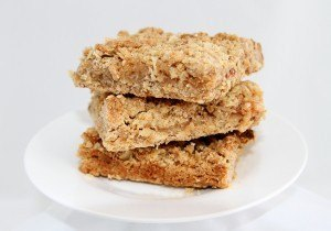 RECIPE FOR APPLE CRUMBLE SLICE