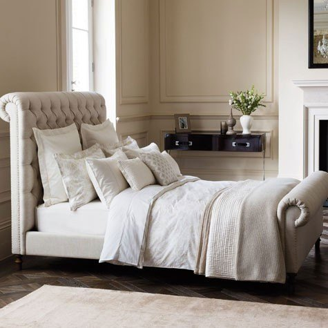 Create a Cosy Bedroom This Autumn