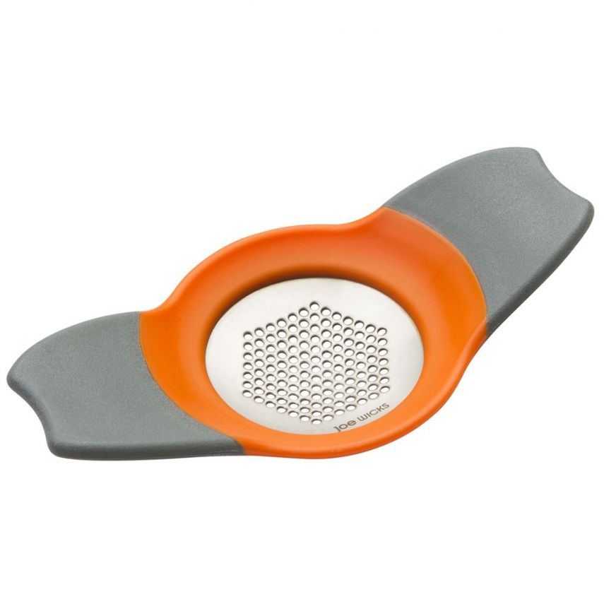 Joe Wicks Crusher and Grater